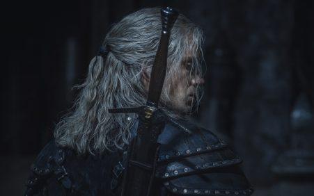 Geralt de Rívia em nova armadura para 2ª temporada de…